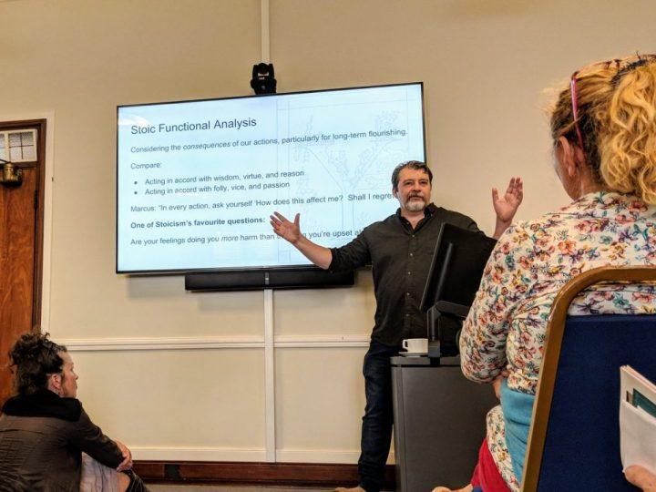 Comment ressusciter l'École stoïcienne ? (YordanTsalov)